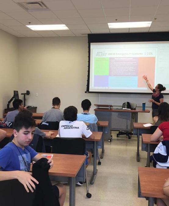 Programa sociocultural Inglés CEL- UNCW